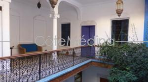 Riad 4 bedrooms with bathrooms, easy car access, beautiful view from top terrace