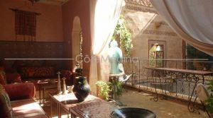 BEAUTIFUL TRADITIONAL RIAD WITH A POOL, 5 bedrooms