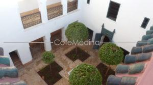 2 bedrooms, large courtyard, easy access
