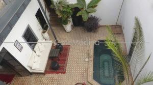 Charming traditional house, near the souks, parking at 30m, overlooking gardens!